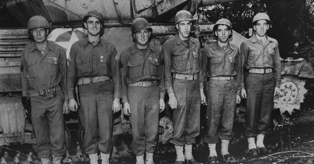 WWII veterans, joined for eternity