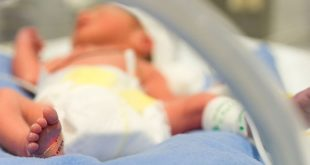 baby born from transplanted womb