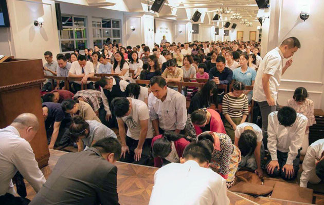 Chinese Christians pledge to 'stand strong'