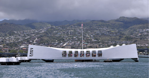 Photo of Oldest known Pearl Harbor survivor talks about his faith