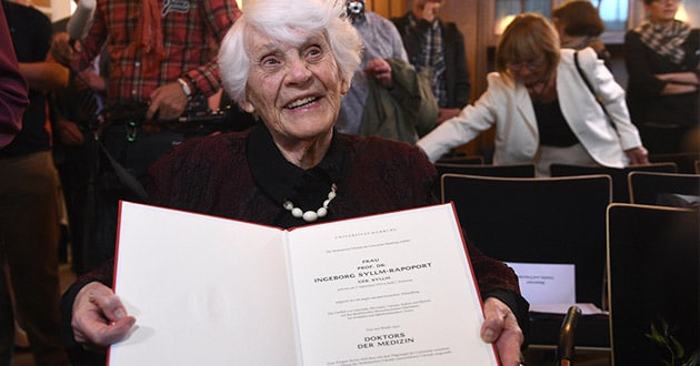 Photo of 102-year-old finally awarded Ph.D. she was denied under Nazis