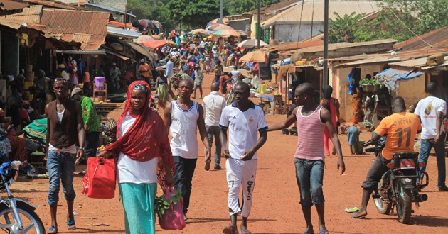 Photo of Ebola lingers, ministry in West Africa continues