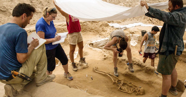 excavation of the Philistine cemetery
