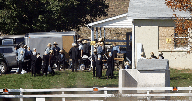 Photo of 10 years after Amish schoolhouse killing, the work of grieving remains