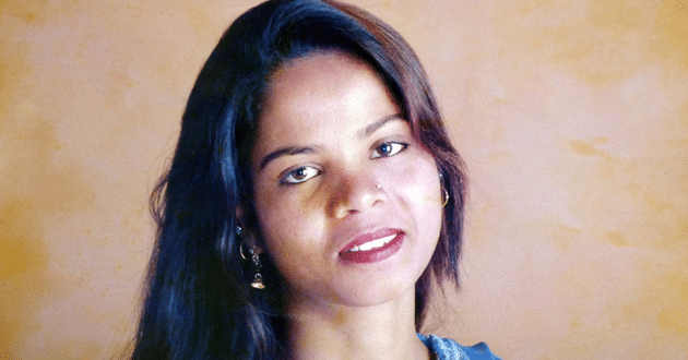 Photo of Asia Bibi leaves Pakistan, joins family in Canada