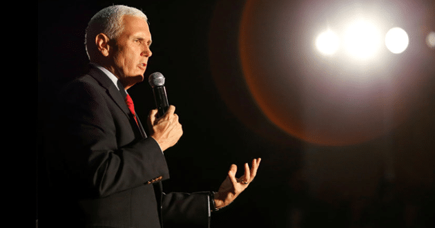 Photo of Mike Pence defends Trump at Liberty University amid evangelical debate