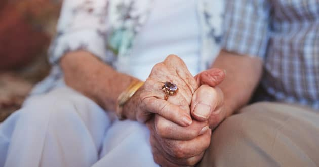 Photo of COVID-19 Brings Isolation to Many Senior Adults