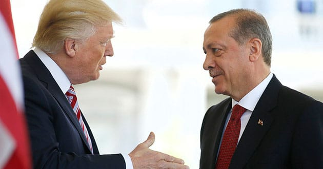 Photo of Evangelicals hail Trump's request for release of US pastor in Turkey