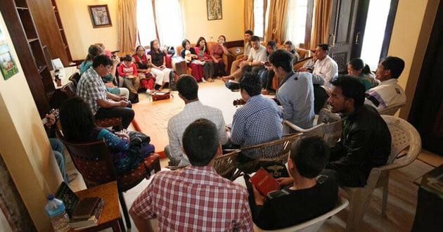 Photo of Hindu leaders blame Nepal's church growth on greed
