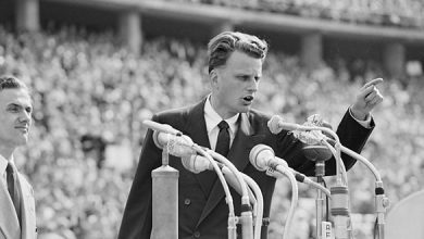 Photo of New Billy Graham tributes launched