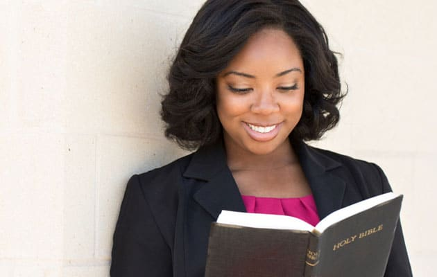 Study finds Christian women in the U.S. more devout than males