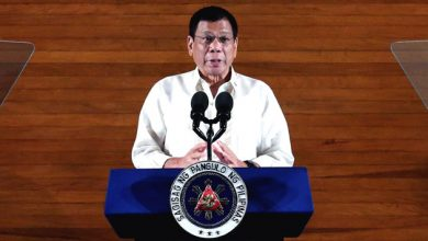 Photo of Filipino president's comments on God rebuked