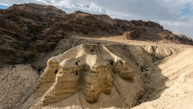 Photo of Search for undiscovered Dead Sea Scrolls reveals dispute over West Bank artifacts
