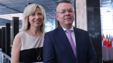 Photo of Andrew Brunson tells of 'fight for my faith' in Turkey