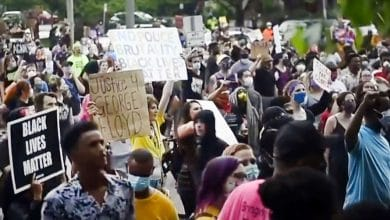 Photo of Black Activists Condemn Nationwide Rioting